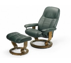Ekornes Stressless Diplomat Recliner with Ottoman