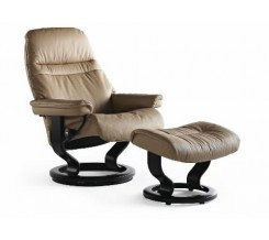 Ekornes Stressless Sunrise Medium Recliner with Ottoman