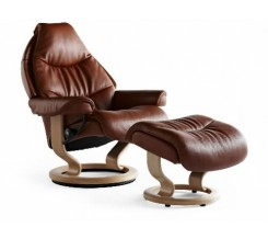 Ekornes Stressless Voyager Medium Recliner with Ottoman