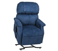 MaxiComfort Lift Chair Recliner from Golden Technologies