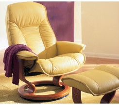 Ekornes Stressless Senator / Governor Recliner with Matching Ottoman & Ergonomic Modern Leather Recliners - The Back Store islam-shia.org