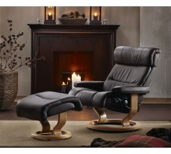 Ekornes Stressless Memphis / Savannah Recliner With Matching Leather Ottoman